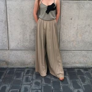 Pants - Vintage pleated pants