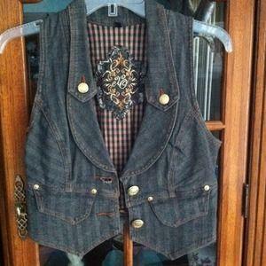 REDUCED Vest Bundle
