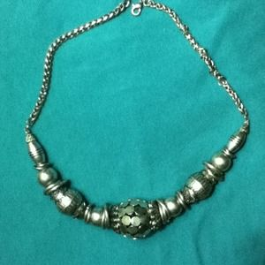 Jewelry - Silver necklace $15