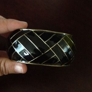 Accessories - 💰💰Sold💰💰Black enamel bangle
