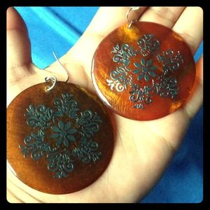 Jewelry - New orange round earrings with silver detail