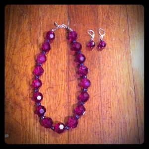 Jewelry - Purple necklace & earring set
