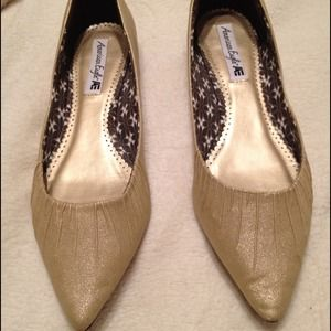 American Eagle Outfitters Shoes - BUNDLED. American Eagle Gold metallic shoes