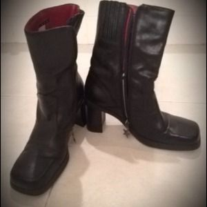 Tommy Hilfiger Boots - Sturdy mid-high leather biker boots