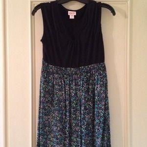 Floral&black soft:)summer dress/cover up. Size med
