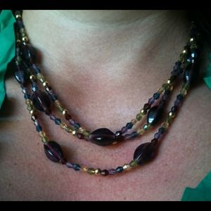 premier jewelry Jewelry - 3 stran multiple color necklace