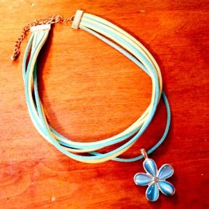 Jewelry - Blue and green choker
