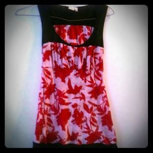 Lightweight Red & White Floral Sleeveless Long Top