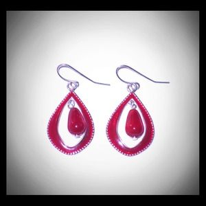 Jewelry - NEW Red & Silver Toned Dangle Earrings