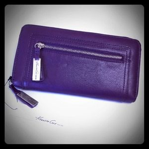 Kenneth Cole Clutches & Wallets - Not Available At The Moment💜eGGplanwaLLe