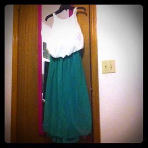 Dresses & Skirts - White and green chiffon maxi dress