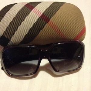 Burberry purple sunglasses! limited ed juicys