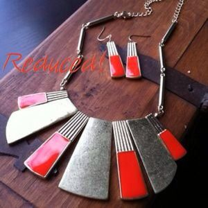 Jewelry - LAST SET! Necklace and Earring Set