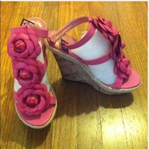 "Shoes - Pink Floral Sandal (around 5"" heel)"