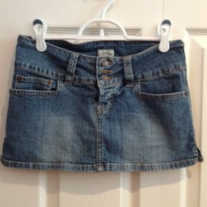Abercrombie & Fitch Denim - Abercrombie and Fitch denim skirt