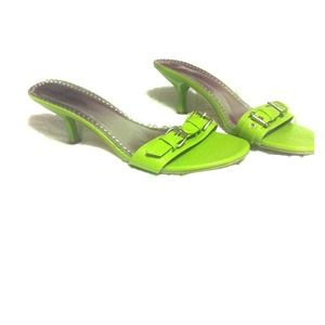 Shoes - FUN lime green kitten heels