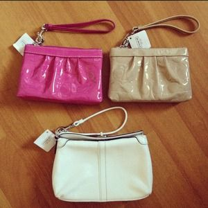 Coach Clutches & Wallets - Coach Wristlets