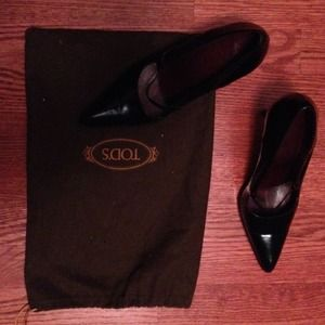 Tod's Shoes - RESERVED/Trade TOD's Black Pumps -