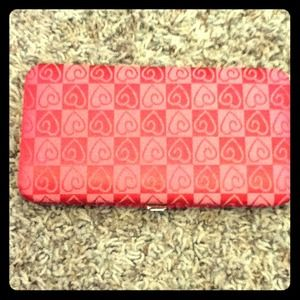 Clutches & Wallets - Pink Heart Clasp Wallet