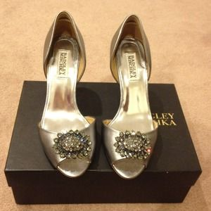 Badgley Mischka Shoes - Badgley Mischka D'orsay pump