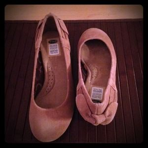 Dr. Scholl's Shoes - *Reserved* Tan Mina Wedge Pump