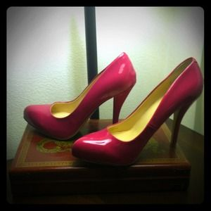 Audrey Brooke Shoes - Hot Pink Pumps!!!!