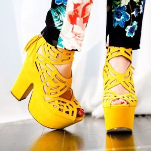 MICHAEL ANTONIO STUDIO Shoes - MICHAEL ANTONIO STUDIO YELLOW GALLISTA PLATFORMS