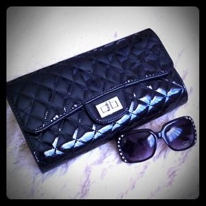 Clutches & Wallets - Glossy Faux Leather Quilted Purse