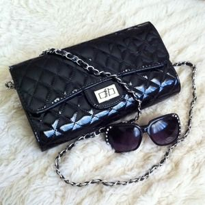 khey's pick Clutches & Wallets - Quilted Glossy