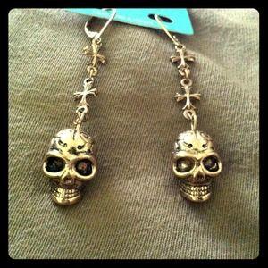 Jewelry - ❌Reserved for @dxresale; Earrings & HK Pendant