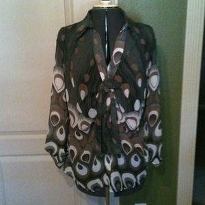 Tops - Sheer peacock print blouse
