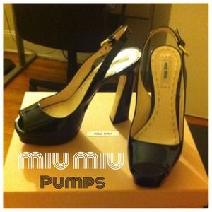 Miu Miu Shoes - Miu Miu • Patent Leather Pumps in Black