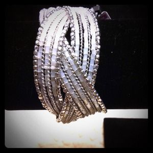 Jewelry - NEW