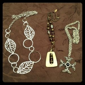 Jewelry - 🎉SOLD to @corishine🎉 Bundle of 3 necklaces.