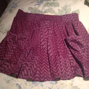 Tribal print skirt. Has two pockets.