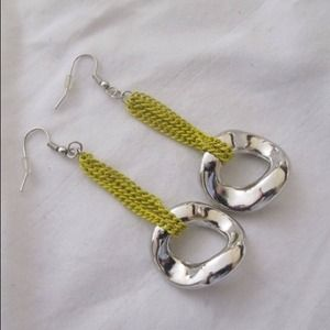 Jewelry - Chartreuse and silver tone earrings