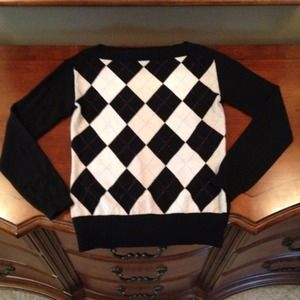 Banana Republic Sweaters - Banana Republic Argyle Sweater