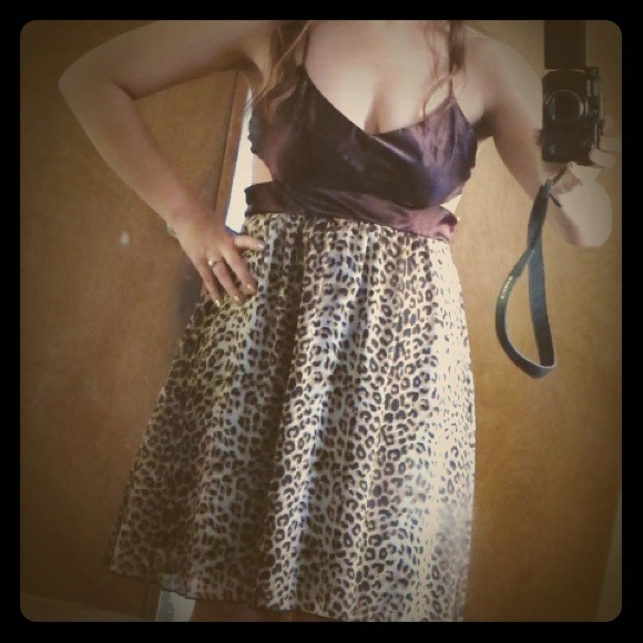 Forever 21 Dresses & Skirts - Reduced Price! Leopard Print Dress