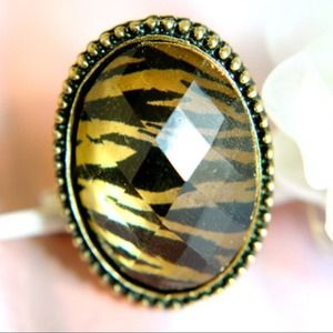 Trinkettes Jewelry - Prints of a Leopard Ring