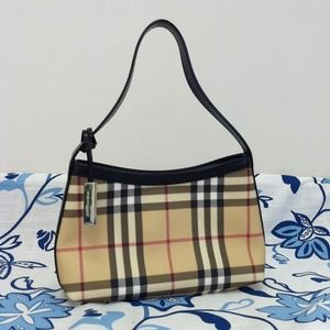 Authentic Burberry purse with dust bag