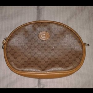 Gucci Clutches & Wallets - Gucci Cosmetic bag