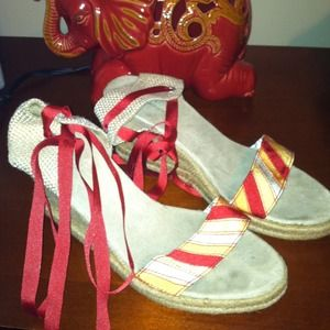 Old Navy Shoes - Old navy colorful wedges w red tie
