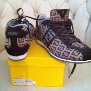 FENDI Shoes - Fendi sneakers