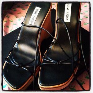 Steve Madden tie up black sandals