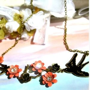 Jewelry - The Tale of the Little Black Swallow Necklace