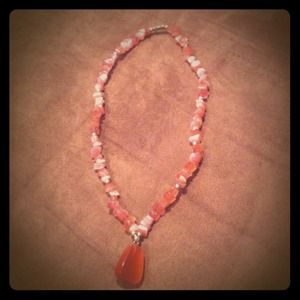 Jewelry - Pink rock necklace