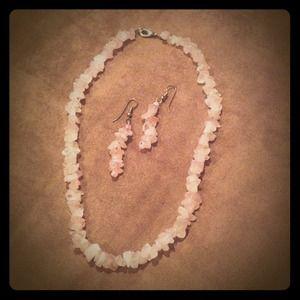 Light pink stone necklace set