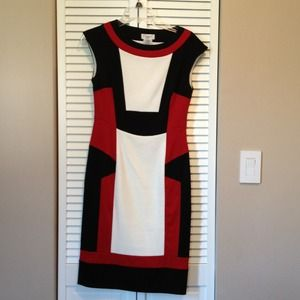 Dresses & Skirts - Black white red color block dress