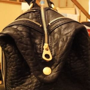 Marc by Marc Jacobs Bags - ☀☀☀REDUCED☀☀☀MBMJ Flash Shapeshifter Satchel