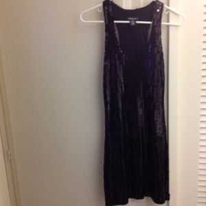 Dresses & Skirts - Black sequin dress!